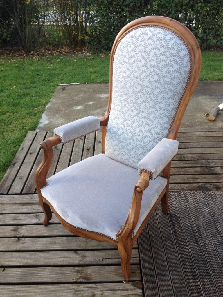 refaire un fauteuil en tissu amazing refaire un fauteuil. Black Bedroom Furniture Sets. Home Design Ideas